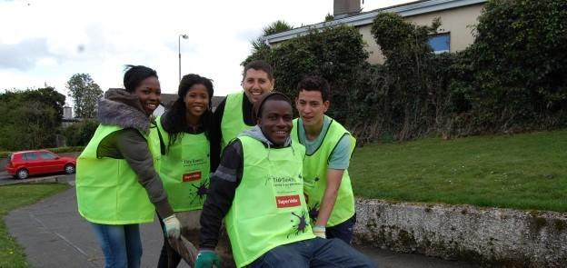 Vols participar del grup local que treballa amb joves amb risc d'exclusió social?
