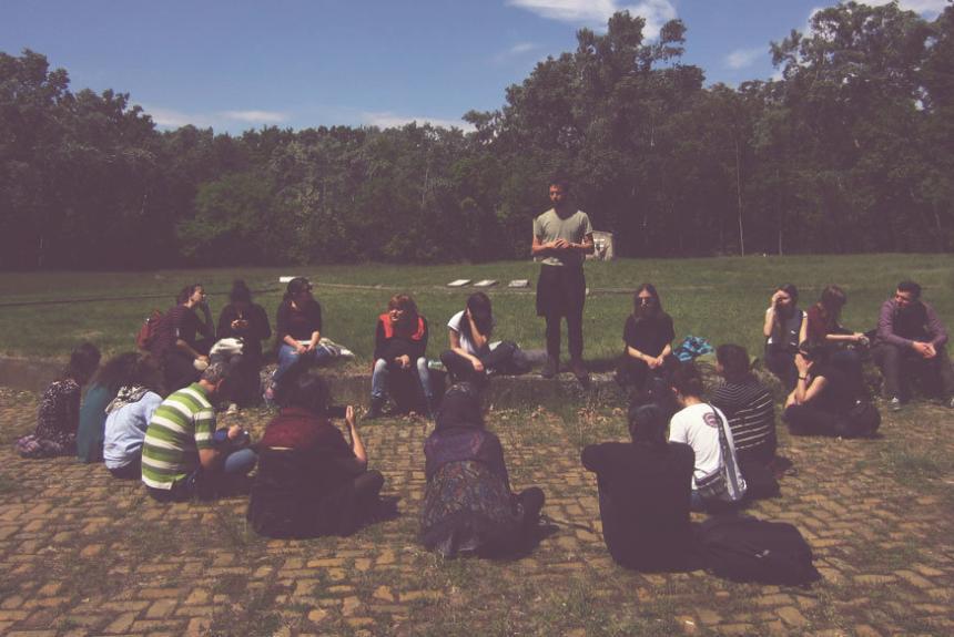 Seminari sobre educació per la pau i pels drets humans a França