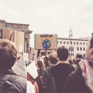 Cicle Cercant Alternatives: Què hi ha darrere l'emergència climàtica?