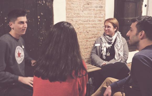 Cerquem tutores socials per les noves voluntàries EVS!