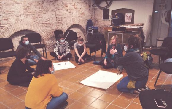 Participa en un training sobre voluntariat en zones de conflicte